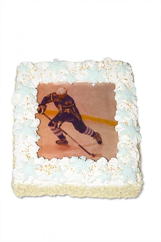 Хоккеисту